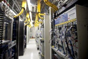 高配置服务器就等于高性能吗